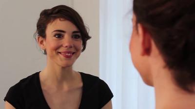 ANNA MORET. (Videobook)